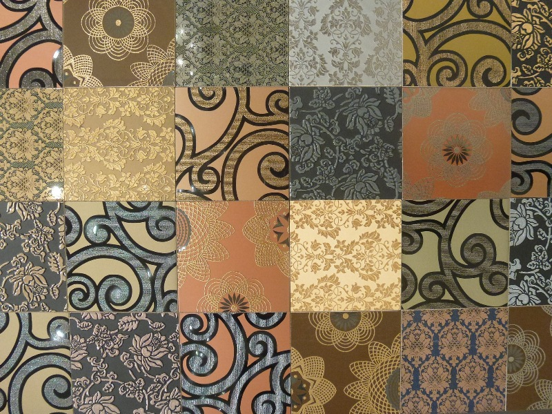Trends noted at Cersaie 2012 include: tiles printed with floral images, created using inkjet technology