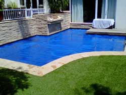 Saving Water With A Swimming Pool Cover