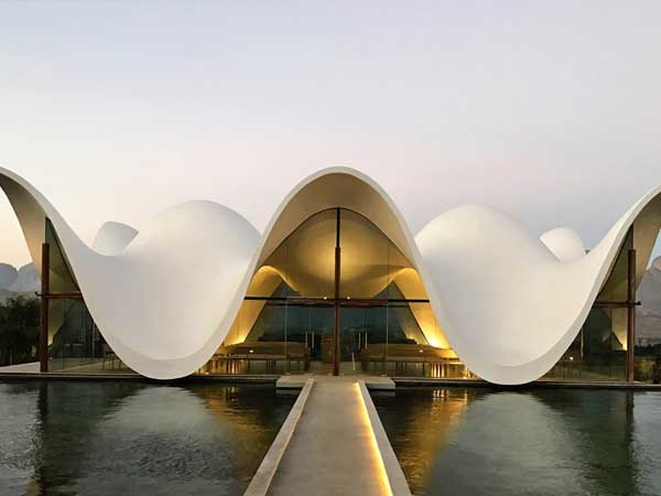 Sika smoothens spectacular undulating chapel roof