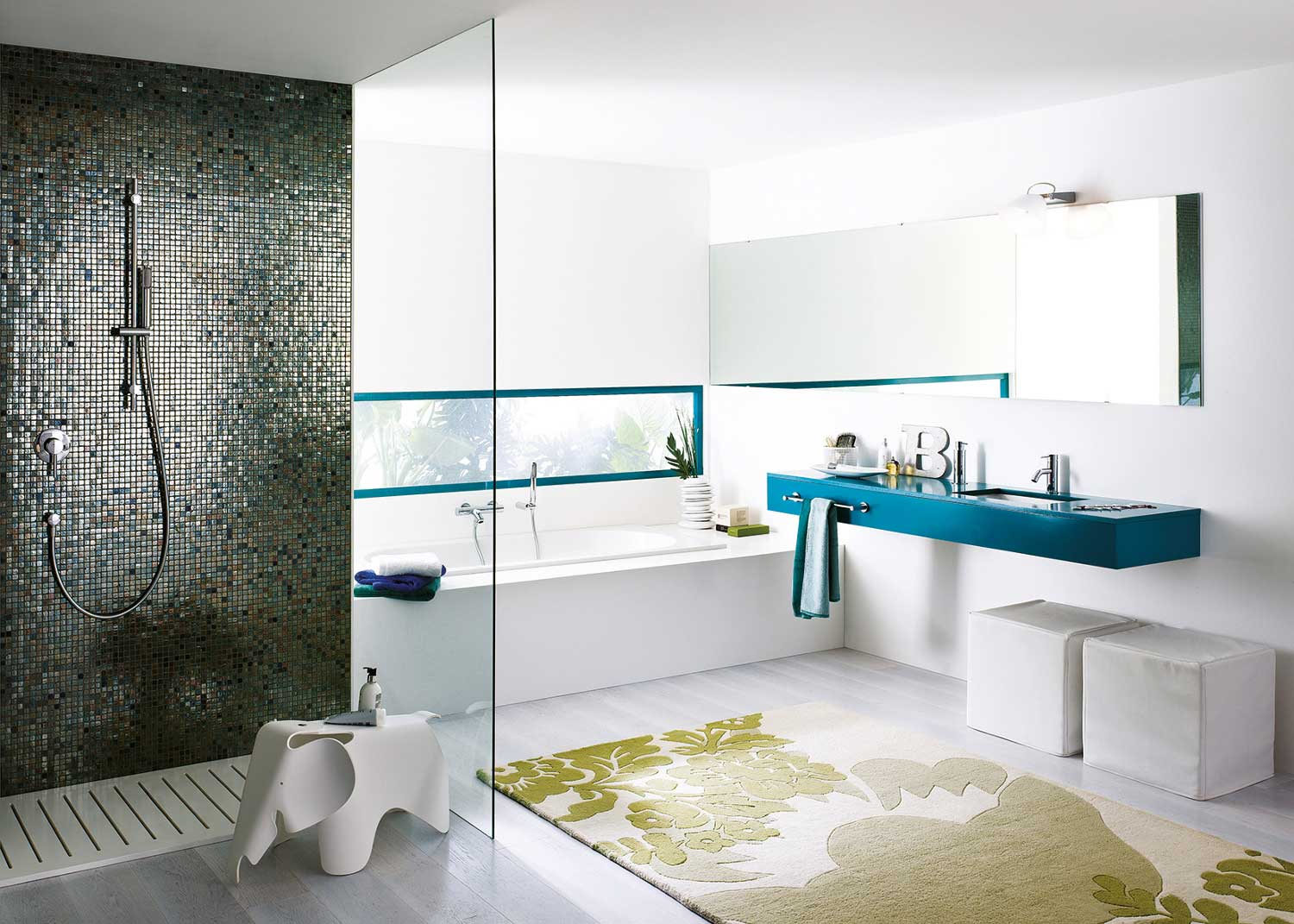 New hotel and residential bathroom accessories by Franke
