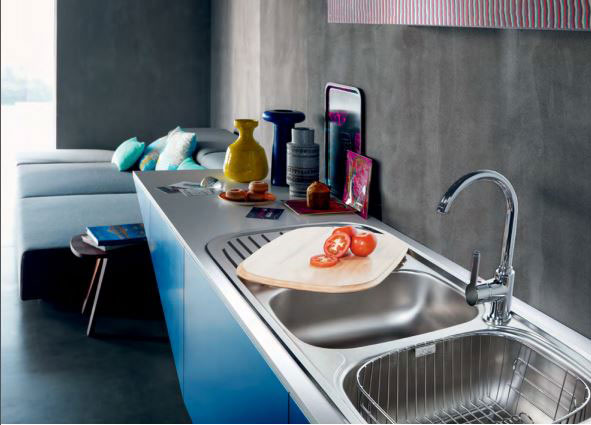 """Quinline is a """"soft edge"""" range of inset sinks"""