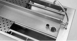 Ventilated Straining Table