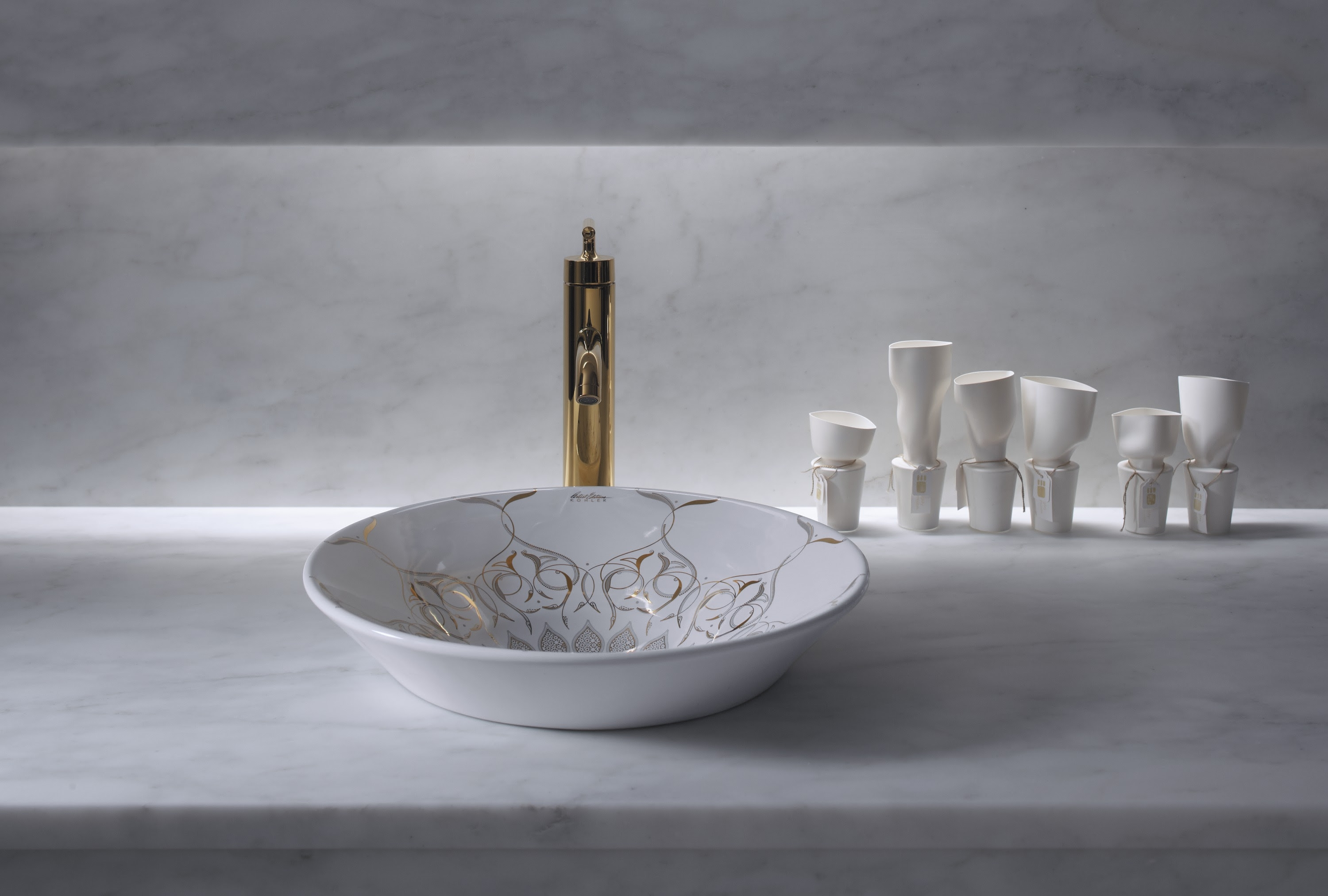 Washbasin inspired by Moorish style and decorative architecture