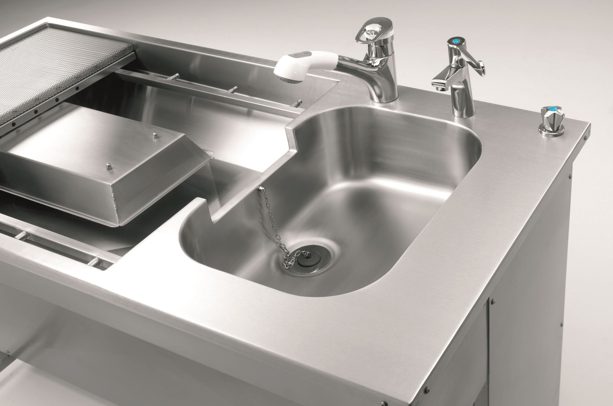 Mac-Care – a new state-of-the-art medical sanitary ware range