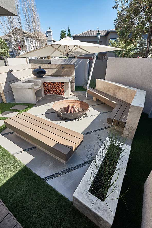 CemPlaster Pavilion Grey for built-in seating and braai area.