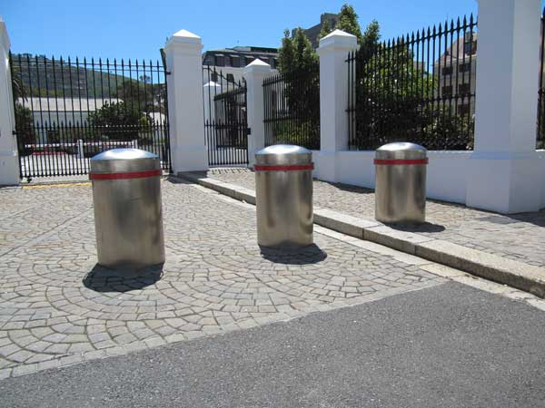 Bollards / Anti-Ram Posts | Static & Removable