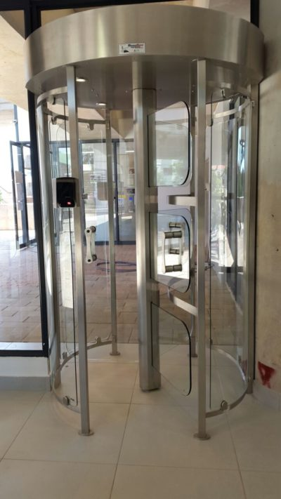 Cyclone 174 Glass Full Height Turnstile Specifile
