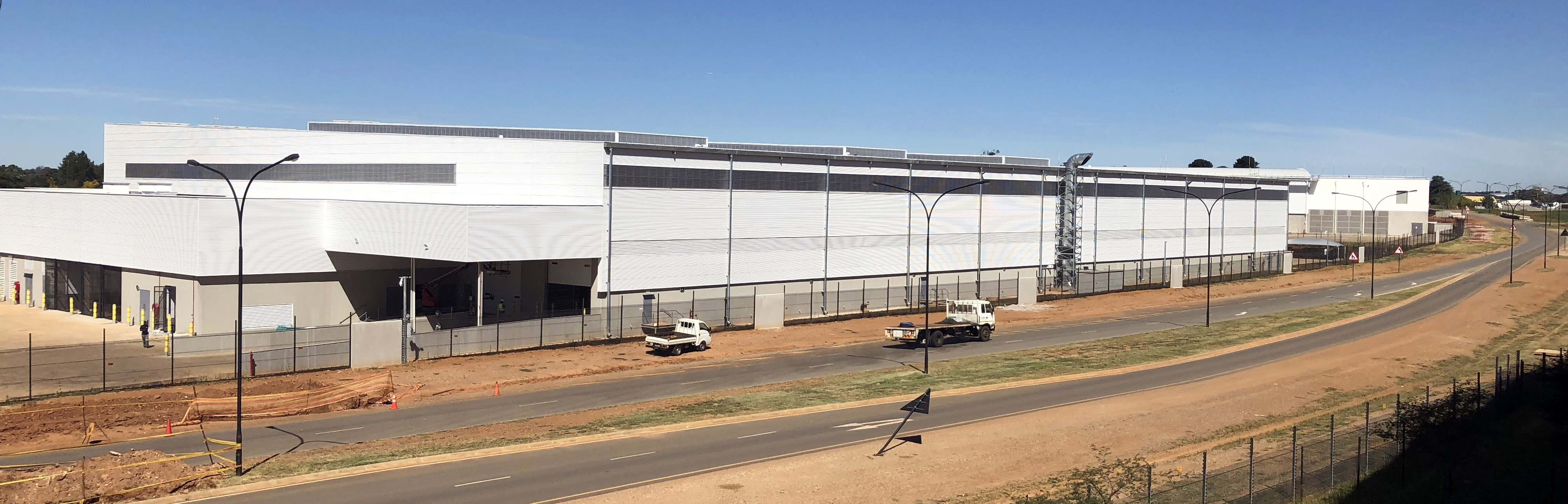 125 tons of cladding cover this warehouse
