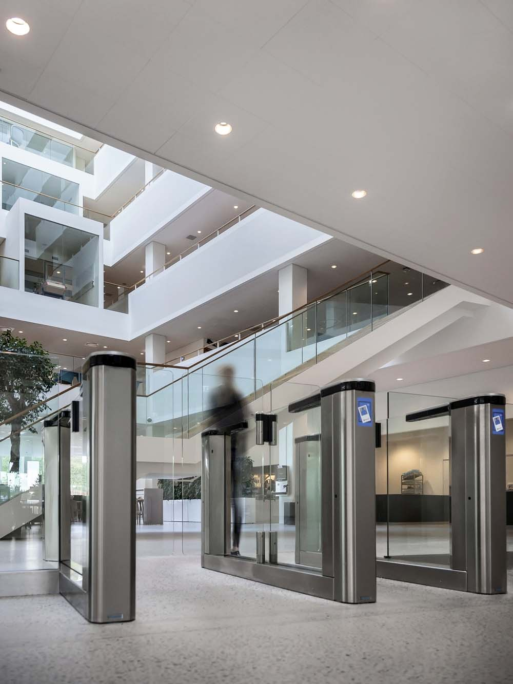 Nine tips for office entrance control from Gunnebo