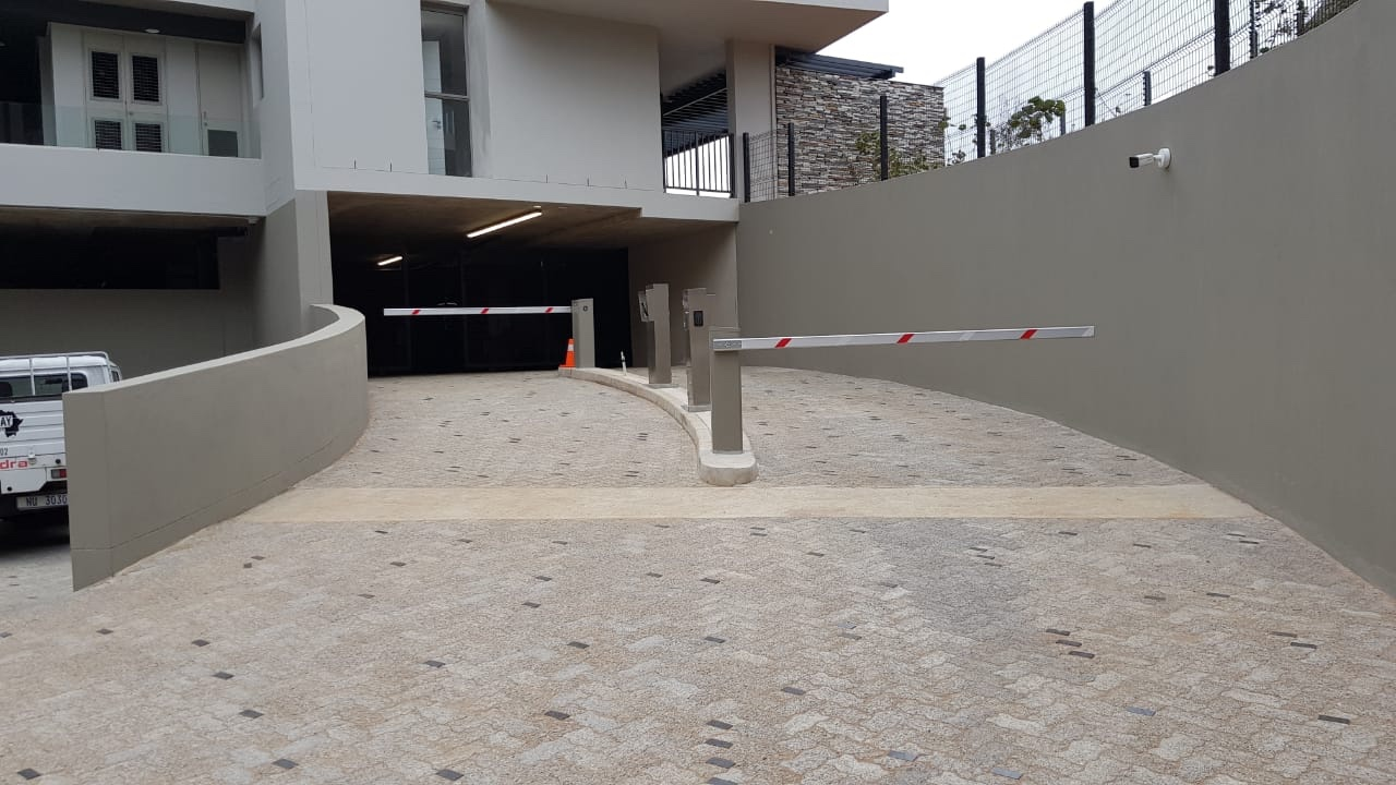 Velocity Vehicle Barriers for the Pebbles at Sibaya