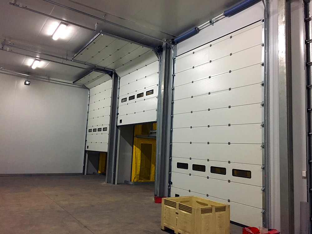 Steri Cooling benefits – Innovative panel sectional doors from Maxiflex