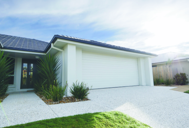 Top garage door trends