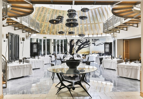 Iconic Saxon Hotel restaurant transformed with magnificent new floor